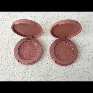 2 deluxe size Tarte Amazonian Clay 12-hour blushes